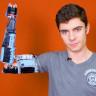 19 Yaşındaki Genç, Iron Man'den Esinlenerek Lego Parçalarından Protez Kol Yaptı