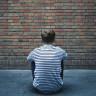 Neden Bazen Çaresiz Hisseder ve Pes Ederiz? (Seligman Deneyi)