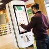 McDonald's'ın Self Servis Makinesinden Bedava Hamburger Alınmasını Sağlayan Hata (Video)