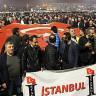 İstanbul'da Binlerce Uber Şoförü, Araçlarının Bağlanmasını Protesto Etti