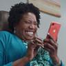 Apple, Gizlilik ve Uzun Batarya Süresi Temalı İki iPhone XR Reklamı Yayınladı