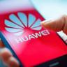 Huawei Telefonların Kilit Ekranında Reklam Gösterilmeye Başlandı