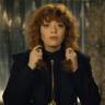 Netflix'in Beğenilen Dizisi Russian Doll'un İkinci Sezonundan Onay Alındı