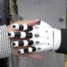 MIT, Nesneleri Görerek 'Hissedebilen' Bir Robot Geliştirdi