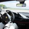 Top Gear'ın Pilotu, Ferrari 488 Pista ile Programın En Hızlı Tur Rekorunu Kırdı (Video)