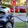 Avrupa Birliği, Elektrikli Otomobillerin Yapay Motor Sesi Çıkarmasını Zorunlu Kıldı