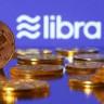 Nobel Ödüllü Ekonomistten Facebook Libra Yorumu: Güvenmek İçin Salak Olmak Lazım