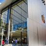 Hırsızlar Bir Apple Mağazasından 16 iPhone Çaldı