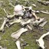 Bir Adam, Çernobil'i Gezdiği Sırada Kemik Yığınıyla Karşılaştı (Video)