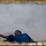 Bir Adam, Hız Treninde Düşen Telefonu Havada Yakaladı (Video)
