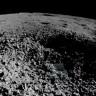 Çin, Ay'ın Yüzeyinde Bulduğu İlginç Cisimlerin Fotoğraflarını Paylaştı