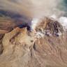 Rusya'da Bir Yanardağ, Patlama Sonucu 10 Kilometre Yüksekliğe Kül Püskürttü