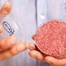Bilim İnsanlarının Ürettiği Yapay Et, Yakında Süpermarketlerde Olacak