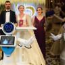 Konyalı Robot Mini Ada, Nikah Şahidi Olup Göbek Attı