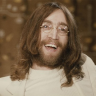 John Lennon'ın Güneş Gözlüğü Servet Değerinde Bir Fiyata Satıldı