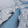 Bilim İnsanları, Buzulları Kurtarmak İçin Gezegeni Soğutmayı Öneriyor