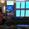 Uçağı Rötar Yapan Adam, Havalimanındaki Ekrana PS4 Bağlayıp Oyun Oynadı