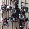 Bu Örümcek Robot, Yeni Bir Teknoloji Sayesinde Düz Duvara Tırmanabiliyor