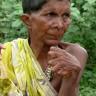 Doğuştan 31 Parmağa Sahip Olan Bir Kadın, Komşularından Cadı Damgası Yedi