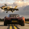 McLaren Speedtail ve F-35 Uçağı, Drag Yarışında Karşı Karşıya Geldi (Video)