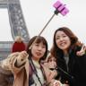 Samsung'dan Selfie Çubuğu Kullananları Kızdıracak Reklam